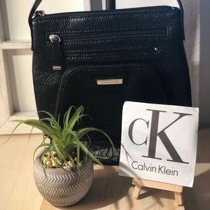 NEW - Calvin Klein - Pebbled Leather Crossbody